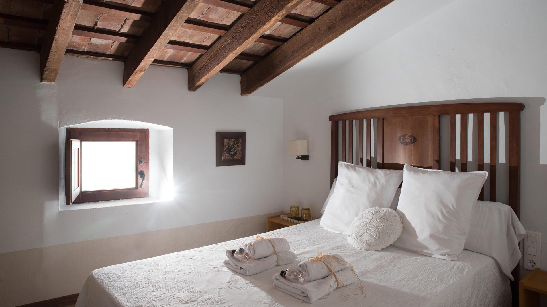 Casa Arizo - La Pequeña buhardilla (casaarizo.com)