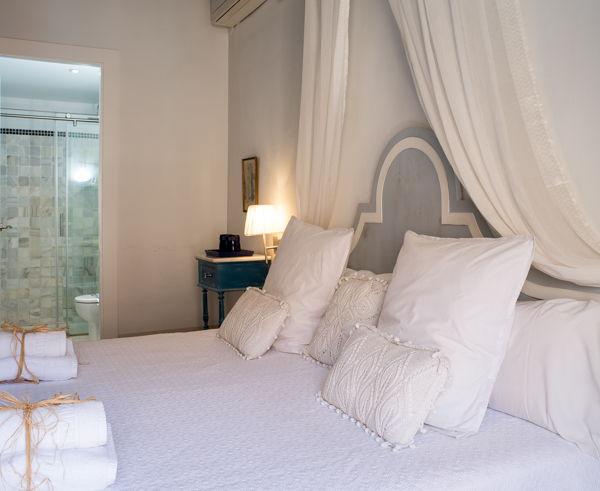 Estancia modernista - Casa Arizo (casaarizo.com)