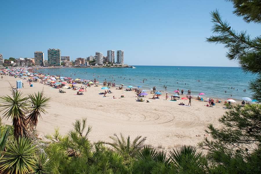 Playa de la Concha - Casa Arizo (casaarizo.com)
